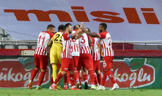 Fraport TAV Antalyaspor- Çaykur Rizespor: 3-1
