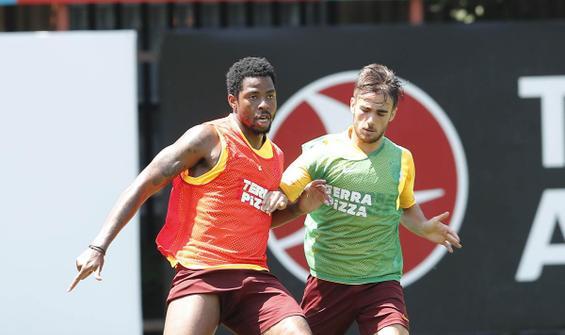 Galatasaray'da Trabzonspor hazırlıkları sürüyor