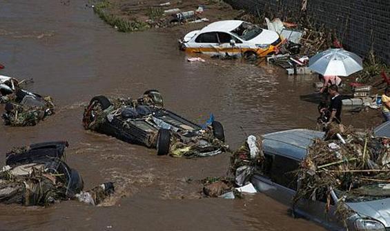 Çin'deki sel felaketinde onlarca kişi ölmüş olabilir!