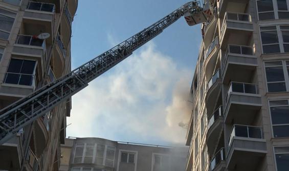 Ayrıldığı kız arkadaşının evini yaktı