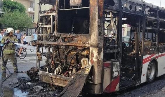 Facianın eşiğinden dönüldü! Belediye otobüsü alev alev yandı