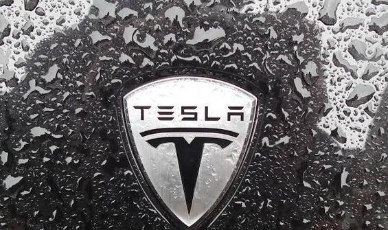 Tesla'nın piyasa değeri devleri geçti!