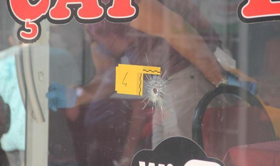 Kahvehane taradı, kaçarken havaya ateş açarak 1 çocuğu vurdu