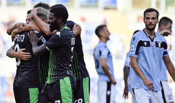 Lazio şampiyonluk şansını mucizelere bıraktı