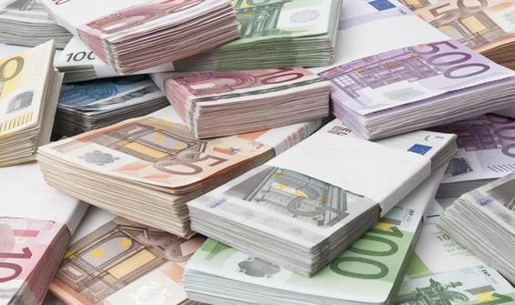 AB'den Türkiye'deki sığınmacılara  485 milyon euro ek destek