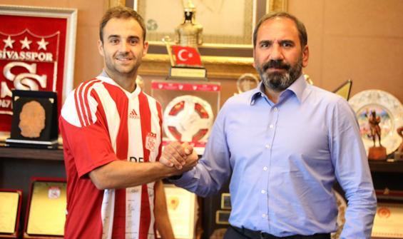 Sivasspor ilk transferini yaptı