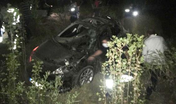 Otomobil 150 metreden uçuruma yuvarlandı