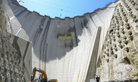 Yusufeli Barajı'nın yapımında son 50 metre