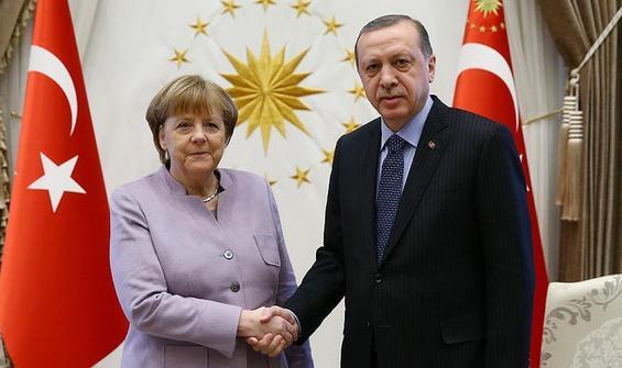 Erdoğan ile Merkel arasında Doğu Akdeniz görüşmesi