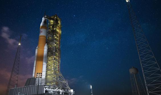 NASA, ilk insanlı uzay uçuşunda neler göndereceğini duyurdu