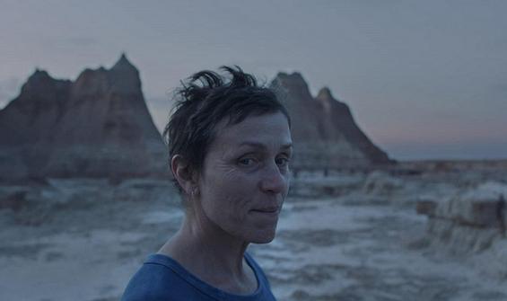 """Venedik Film Festivali'nde büyük ödül """"Nomadland""""in"""