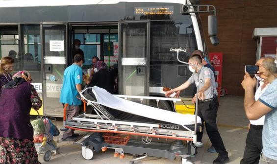 Halk otobüsünde fenalaştı, imdadına şoför yetişti