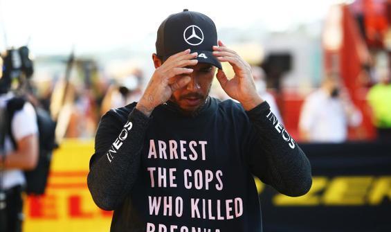 Lewis Hamilton'dan tişörtle ırkçılık protestosu