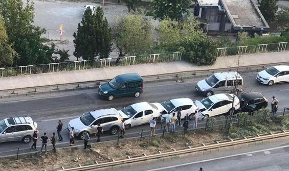 Bursa'da zincirleme kaza! 7 araç birbirine girdi