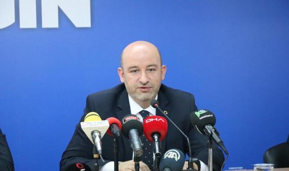 AK Parti'de il başkanı istifa etti