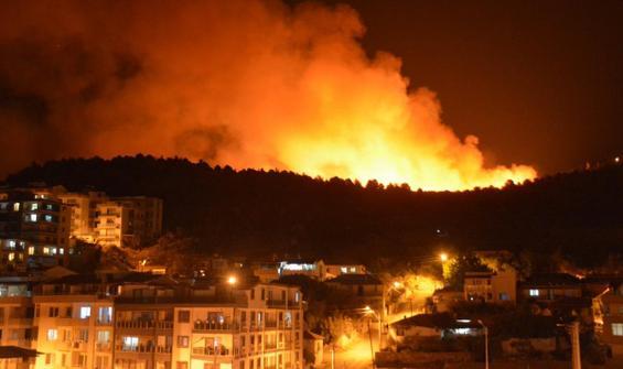 İzmir'deki yangınla ilgili bir gözaltı