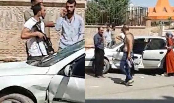 Silahla kız kaçırdılar, yakınları araçla çarparak durdurdu