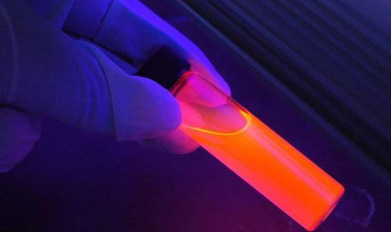 Virüsü yok edecek ultraviyole ışın yayan cihaz üretildi