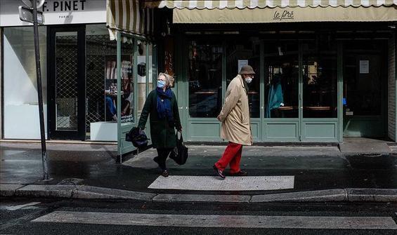 Fransa'da sokağa çıkma kısıtlaması mı geliyor?