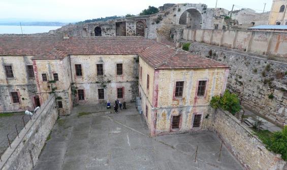 Sinop Cezaevi duvarlarından tarih çıktı