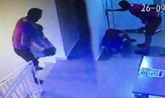 İngiliz kadını kucaklayıp zorla otel odasına soktu