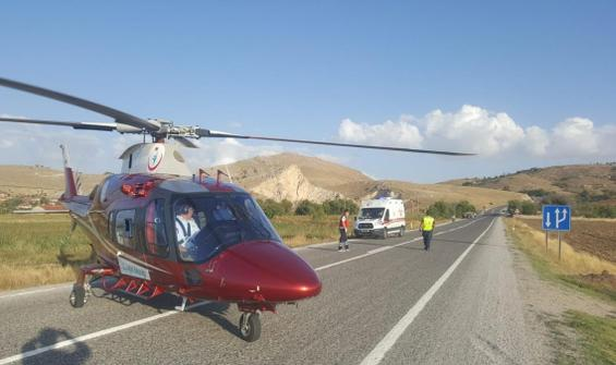 Afyonkarahisar'da helikopter karayoluna indi!
