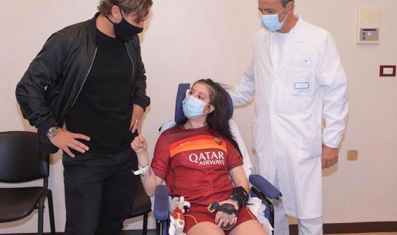 Komadaki genç sporcu, Totti'nin sesiyle uyandı