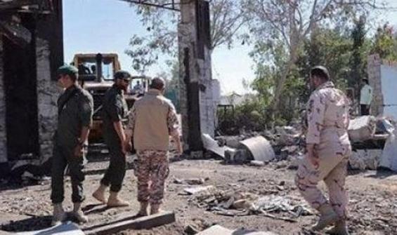 İran'da Devrim Muhafızları Ordusu'na saldırı!