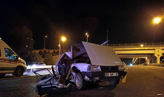 TIR'ın çarptığı otomobil demir yığınına döndü: 2 ölü