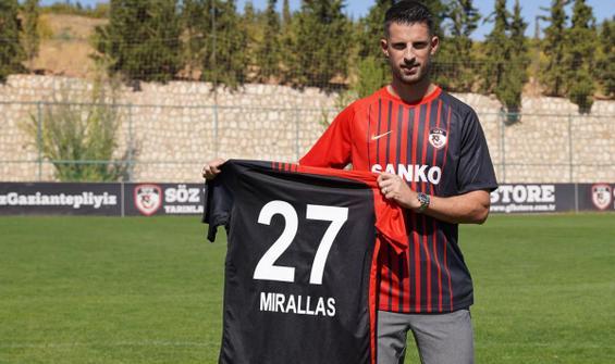 Gaziantep FK'de Kevin Mirallas imzayı attı