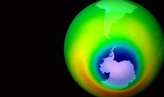 Ozon tabakasında korkutan delik