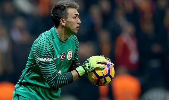 Galatasaray'da Muslera gelişmesi