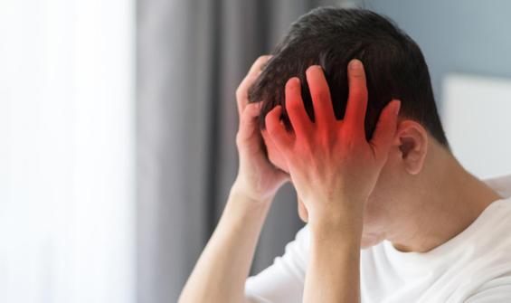 Geçmeyen baş ağrısı tümör belirtisi olabilir
