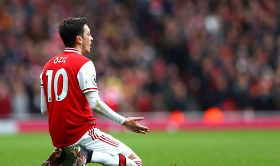 Mesut Özil'e Avrupa Ligi şoku
