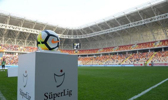 """Süper Lig'de """"ithalat"""" çok, """"ihracat"""" neredeyse yok"""