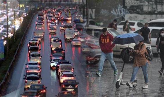 İstanbul'da sağanak yağış hayatı olumsuz etkiledi