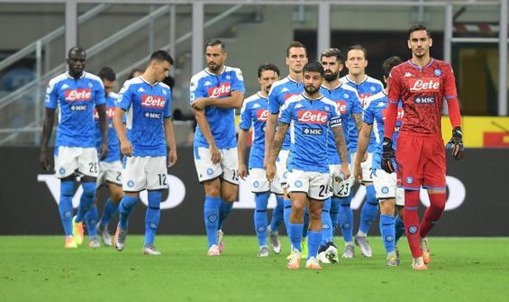 Napoli'ye hükmen mağlubiyet ve puan silme cezası!