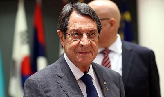 Güney Kıbrıs çalkalanıyor! Skandal sorulunca çıldırdı