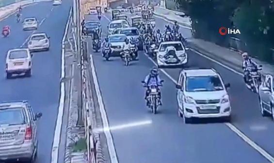 'Dur' ihtarına uymadı, polis kaputa çıktı