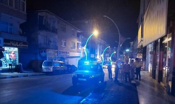 Sokak ortasında silahlı saldırıya uğradı!