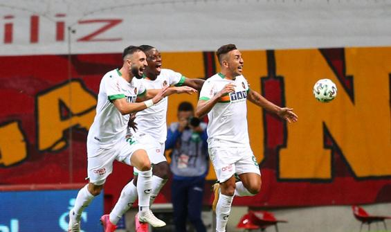 Alanyaspor, Galatasaray'ı 90+5'te yıktı
