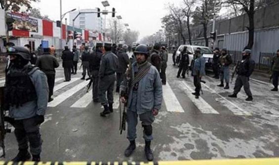 Afganistan'da vize izdihamı! 11 kişi öldü