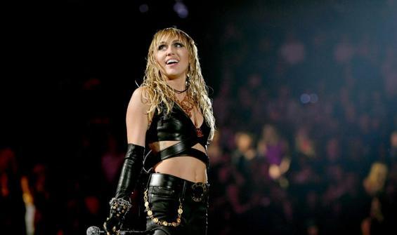 Miley Cyrus: Uzaylılar tarafından kovalandım