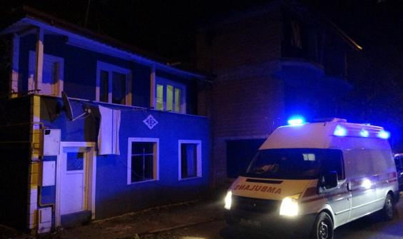Babasını defalarca bıçaklayan şüpheli: Ambulans çağırın