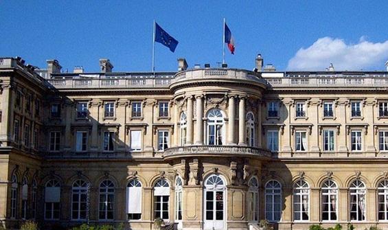 Fransa, Türkiye'nin Paris Büyükelçisi'ni Bakanlığa çağırdı