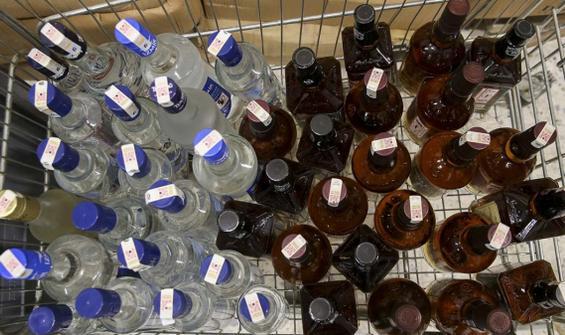 Sahte içkiden 17 günde 78 ölüm!