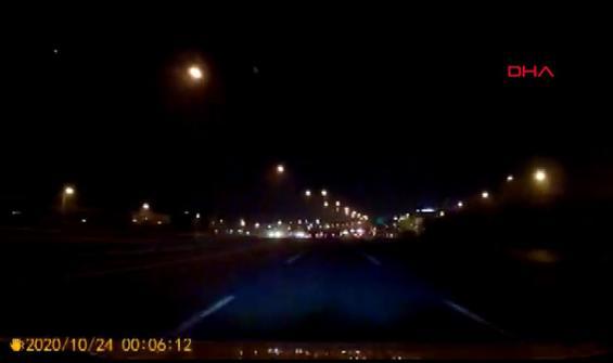 TEM'de yaşanan kaza araç kamerasında