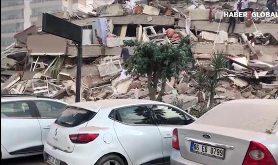 Depremden sonra ilk görüntüler...