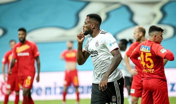 Beşiktaş, Yeni Malatyaspor engelini Larin'in golüyle aştı
