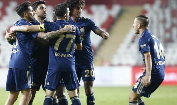 Fenerbahçe, Antalya'dan 3 puanla döndü